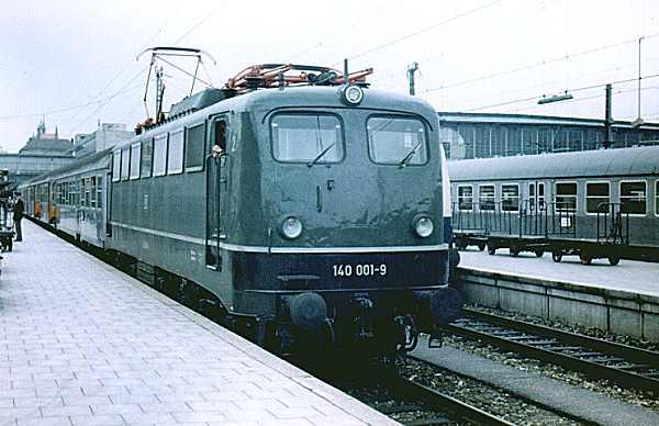 http://www.eisenbahn-im-bild.de/Bilder/Voll/140_1/16231_140-001.jpg