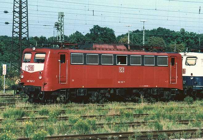 http://www.eisenbahn-im-bild.de/Bilder/Voll/140_4/7785_140-747.jpg