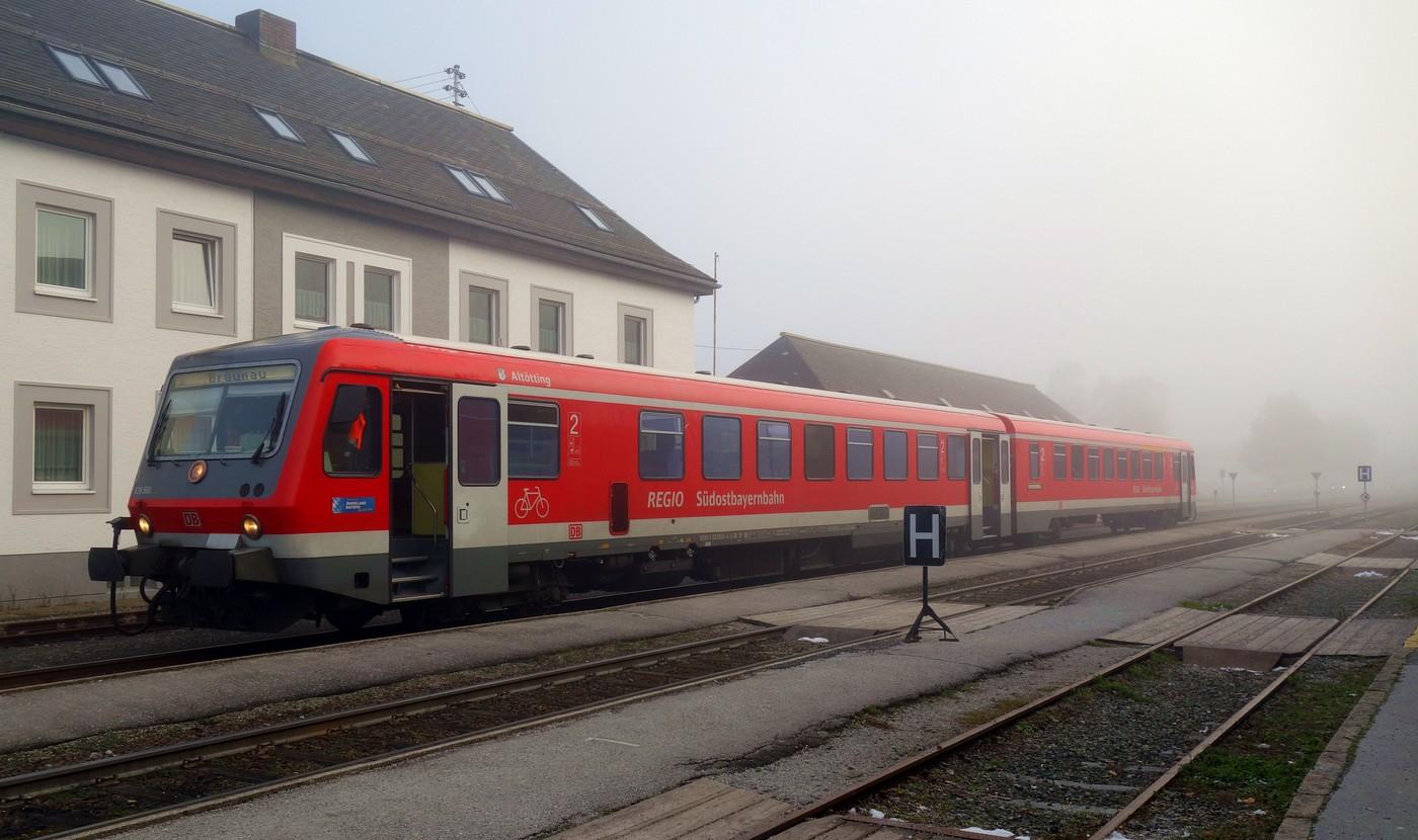 http://www.eisenbahn-im-bild.de/Temp/A_Mattighofen_DSC08778.jpg