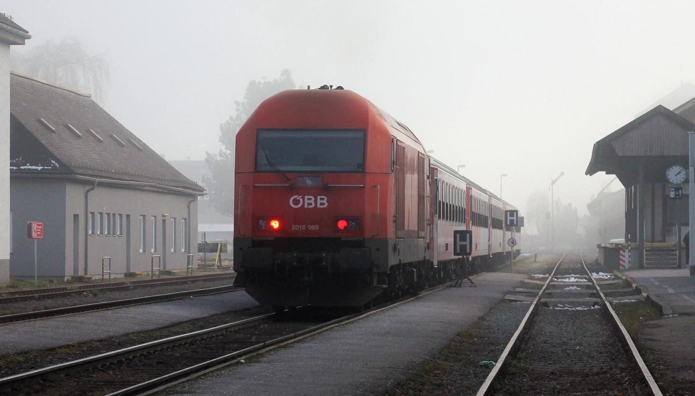 http://www.eisenbahn-im-bild.de/Temp/A_Mattighofen_IMG_1179.jpg
