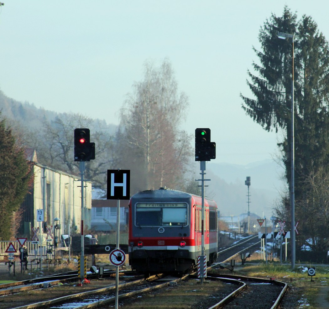 http://www.eisenbahn-im-bild.de/Temp/A_Munderfing_IMG_1190.jpg