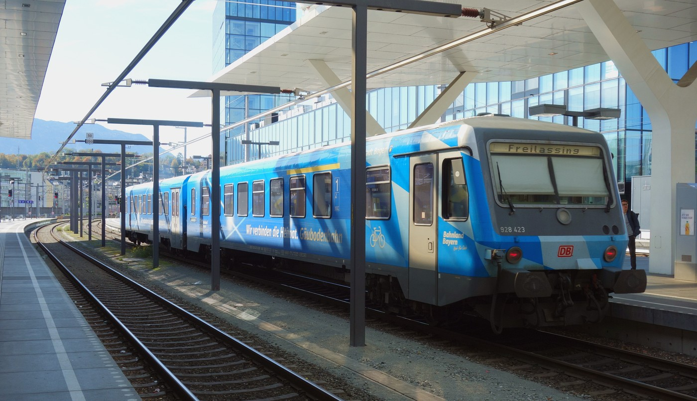 http://www.eisenbahn-im-bild.de/Temp/A_Salzburg_DSC07848.jpg
