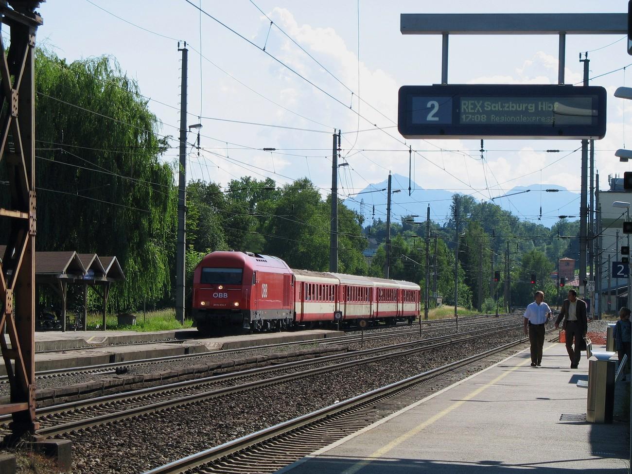 http://www.eisenbahn-im-bild.de/Temp/A_Seekirchen_IMG_3859.jpg