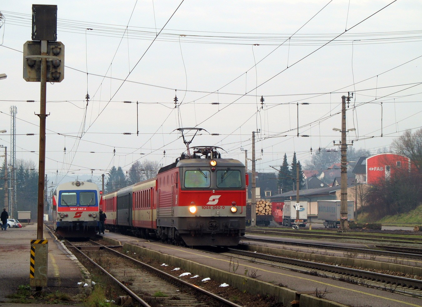 http://www.eisenbahn-im-bild.de/Temp/A_Steindorf_IMG_4512.jpg