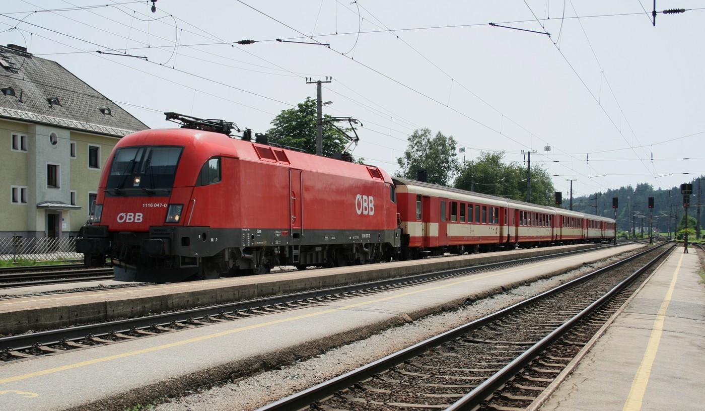 http://www.eisenbahn-im-bild.de/Temp/A_Steindorf_IMG_6506.jpg