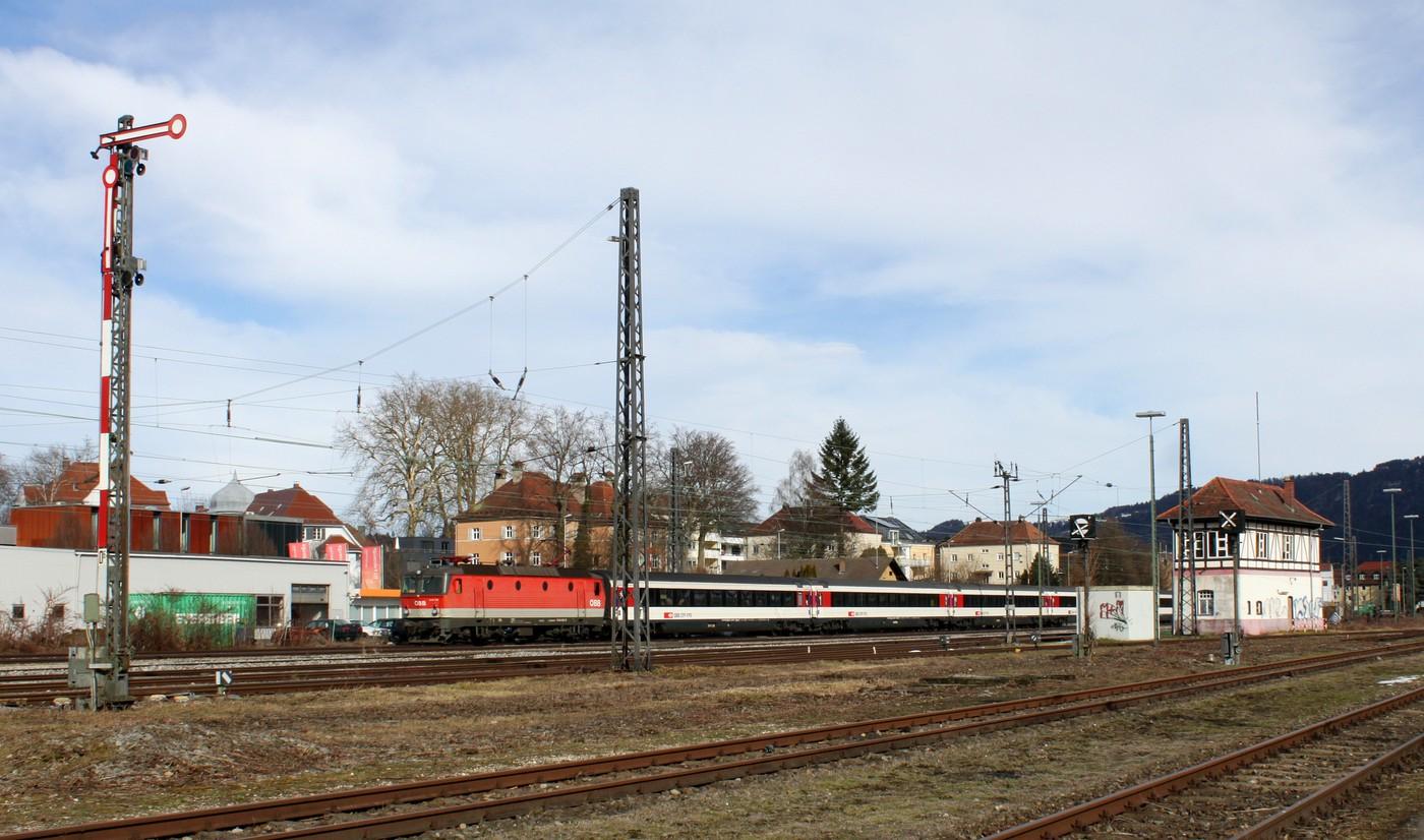 http://www.eisenbahn-im-bild.de/Temp/B_13_Lind_IMG_9245.jpg