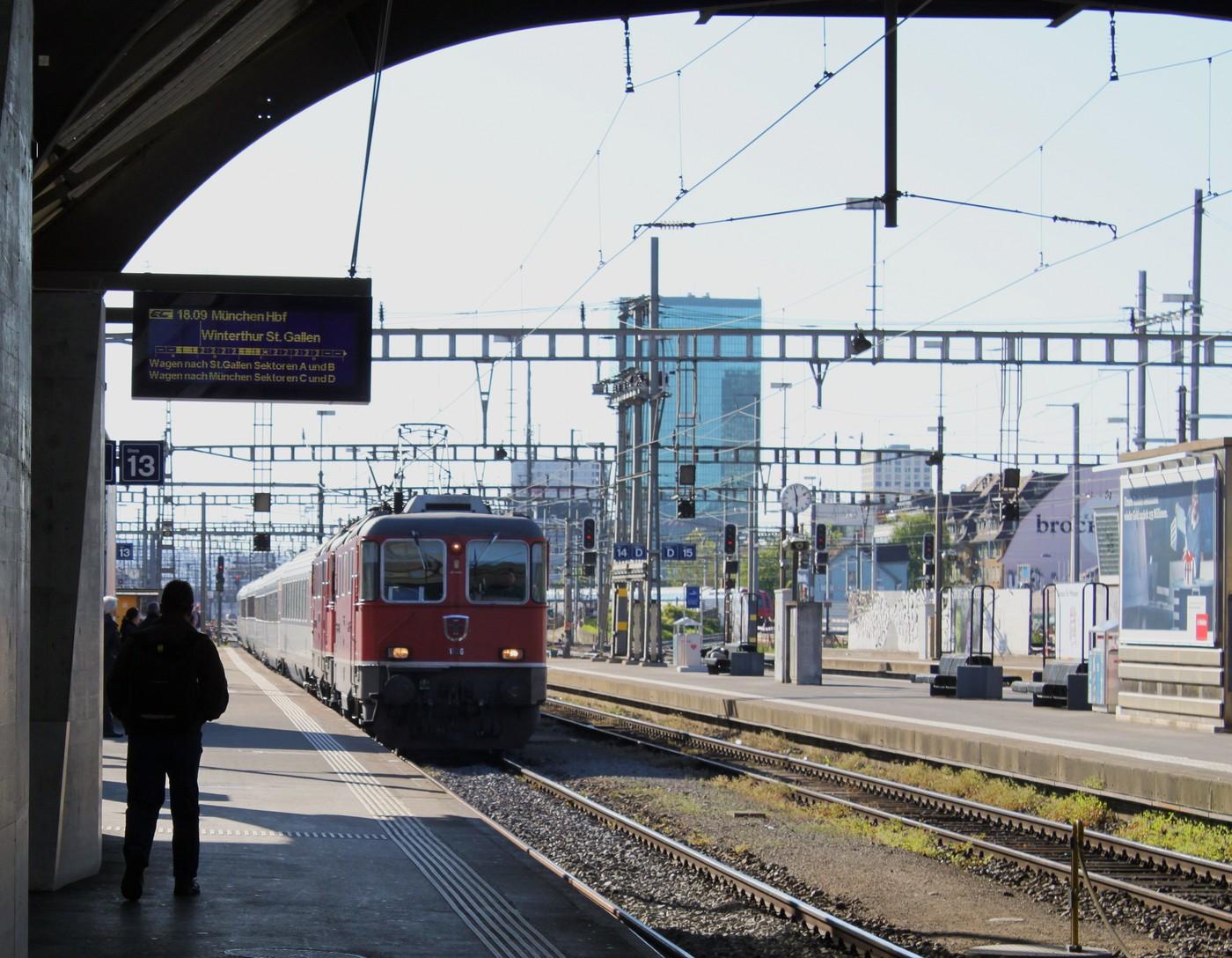 http://www.eisenbahn-im-bild.de/Temp/C_16_Zur_IMG_4168.jpg