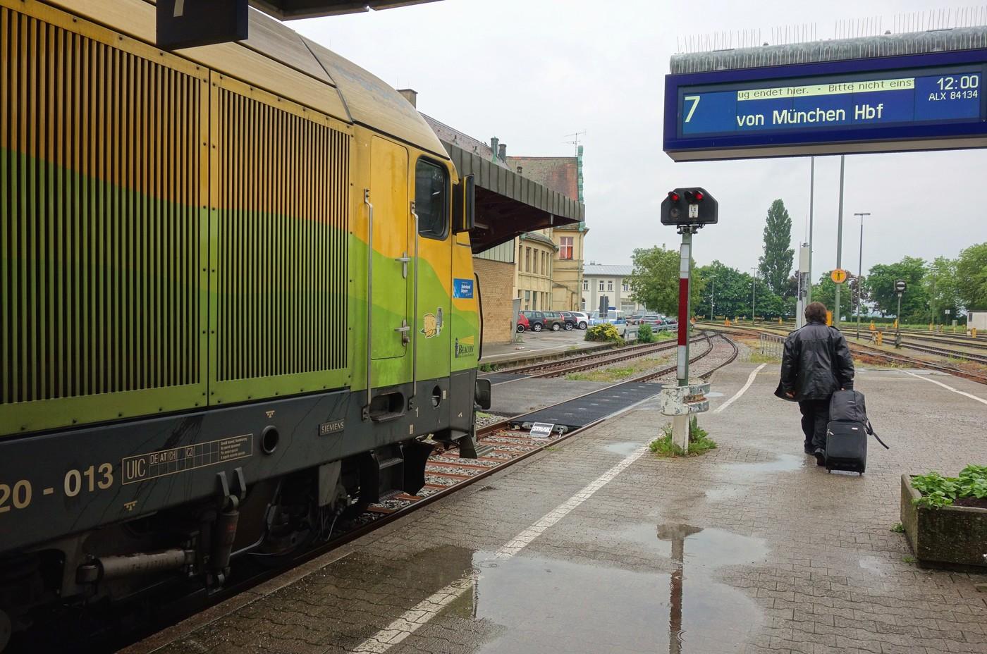 http://www.eisenbahn-im-bild.de/Temp/D_18_Lind_DSC01103.jpg
