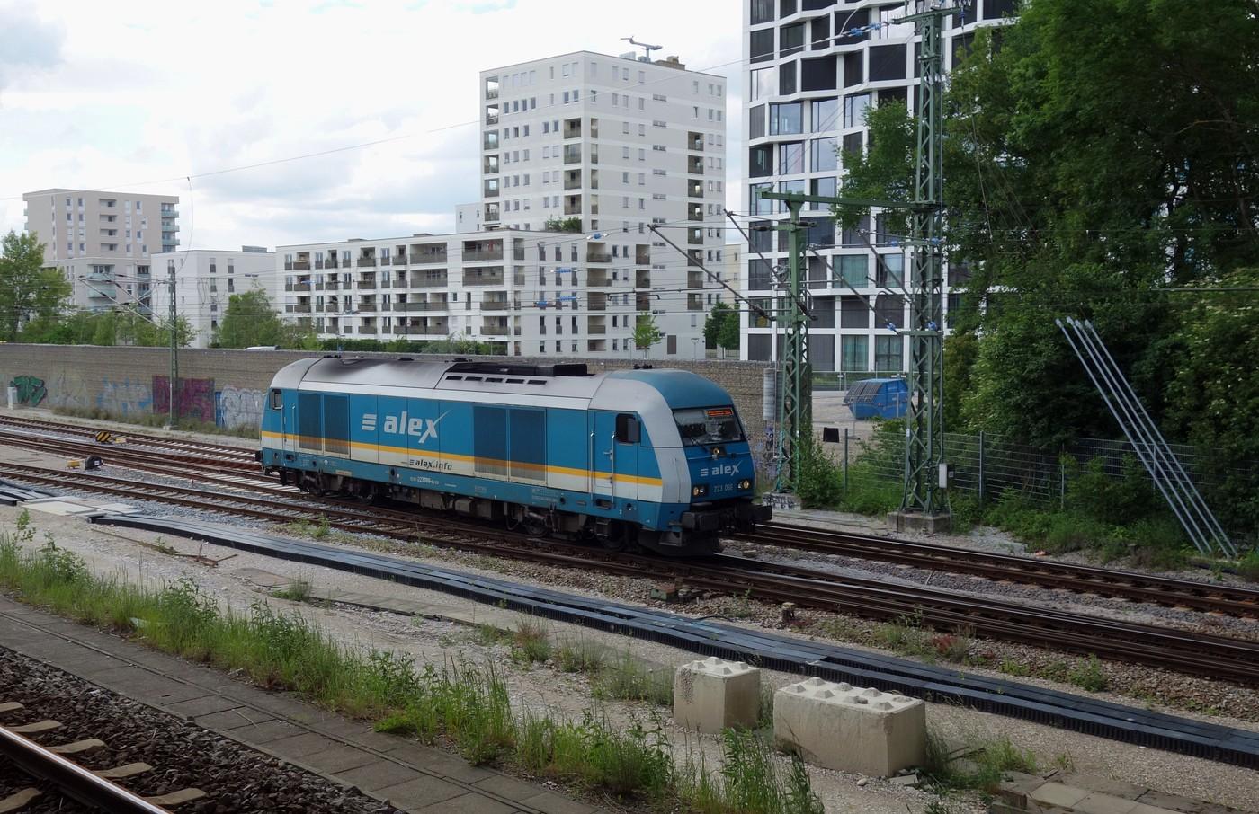 http://www.eisenbahn-im-bild.de/Temp/D_20_Hir_DSC09671.jpg