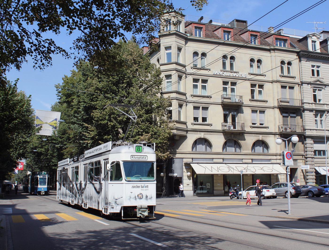 http://www.eisenbahn-im-bild.de/Temp/tram/CH_ZH_IMG_3045.jpg